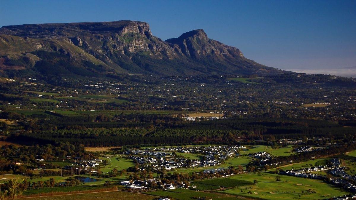 cape winelands most popular holiday destinations